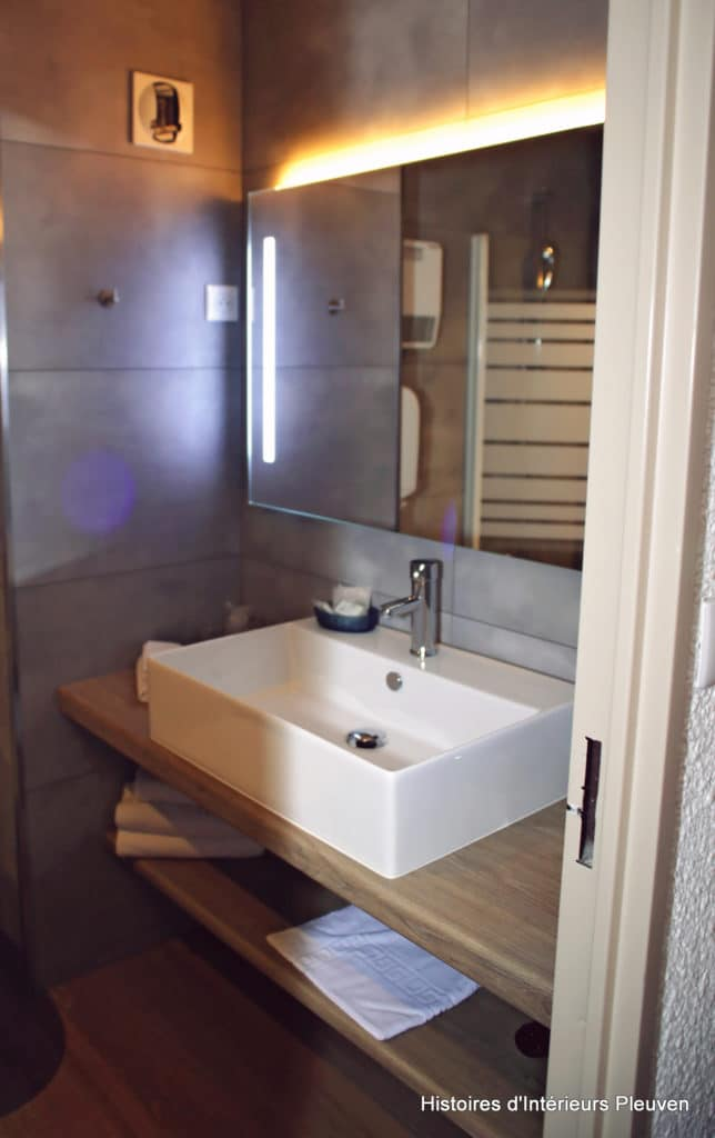 Salle de bains APRES (Histoires d'Intérieurs Pleuven)